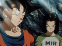 Premiers échanges de coups ! C-17 contre Goku !